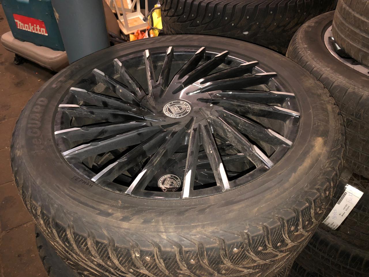 Комплект колес R-22 в сборе с резиной Yokohama iceGUARD 285/45 R22 114