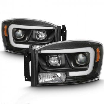 Фары головного света с декоративной LED подсветкой для DODGE Ram