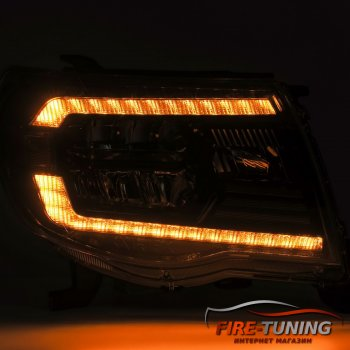 Черный комплект фар головного света с декоративной LED подсветкой TOYOTA Tacoma
